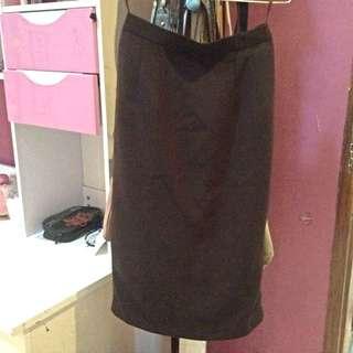 7/8 Dark Brown skirt