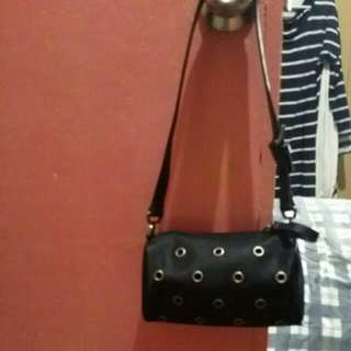 Authentic Nine West  Small Bag Good For Cp & Wallet