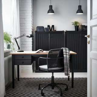 Awesome Wooden Desk And Black Chair