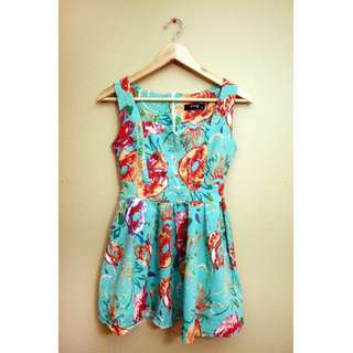 XS Cute Floral Peplum Shirt/Dress