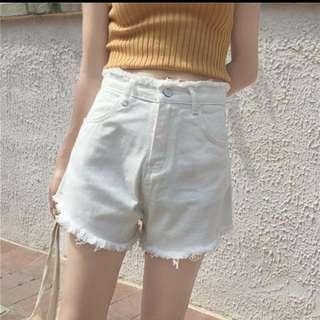 復古高腰白色牛仔短褲