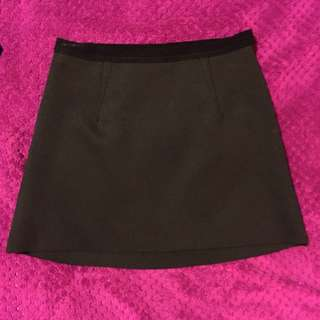 Bardōt Black Mini Skirt Size 6