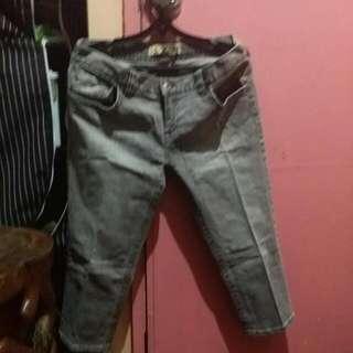 Authentic Roxy Pants Siz3 M/L  US Size 13