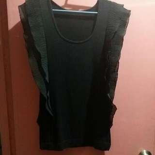Black Sleaveless Blouse Size: Medium