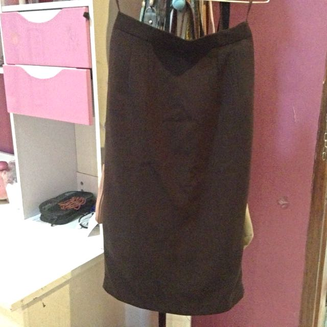 7/8 Dark Brown skirt