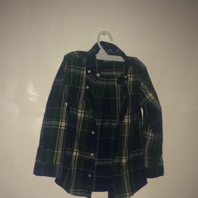 BoyS Button Up Size 6 ,