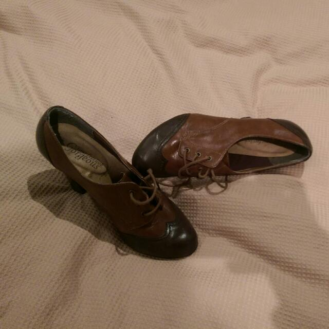 Brown Two Tones Heels - Size 6