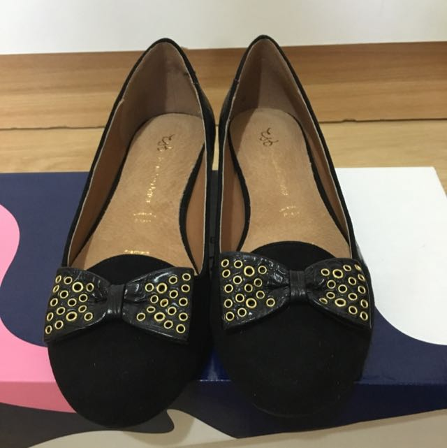 Flat Shoes Size 6