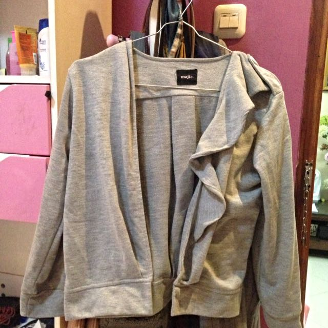 grey outer by Majic.