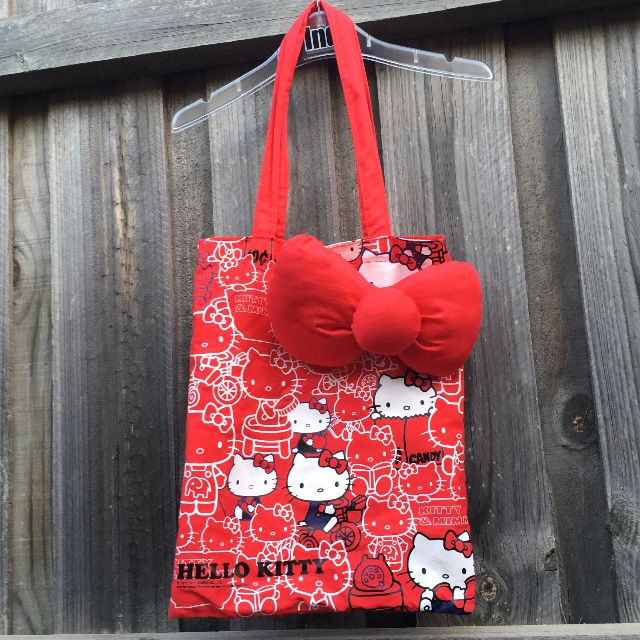 Hello Kitty (SPECIAL LIMITED EDITION) Tote Bag with a Big Ribbon