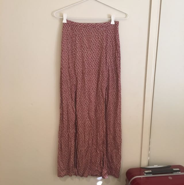 Long red skirt with slits