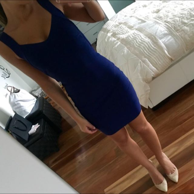 NAVY BANDAGE DRESS