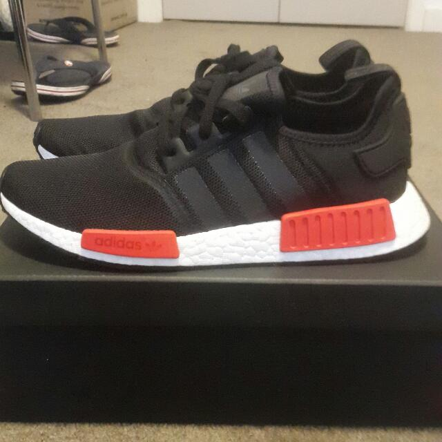 NMD_R1 Black/Red
