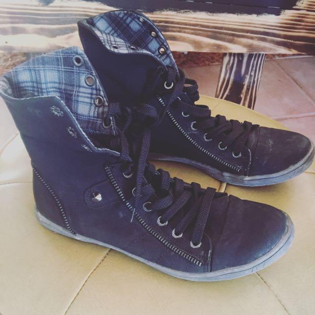 Novo Grunge Boots