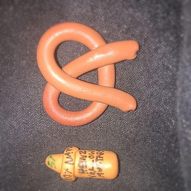 Polymer Clay 2 Pcs Pretzels And Heinz Mustard
