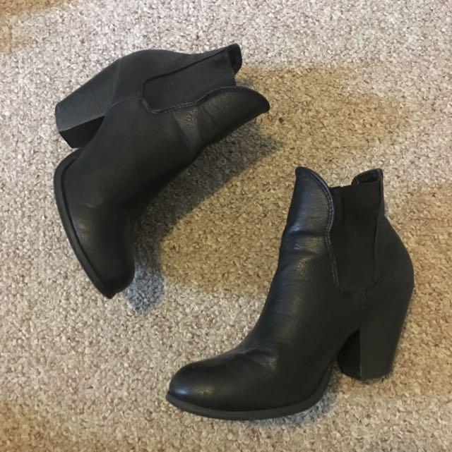 RUBI LEATHER BOOTS