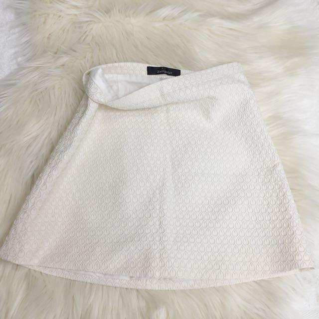White Peacock Detail Skirt