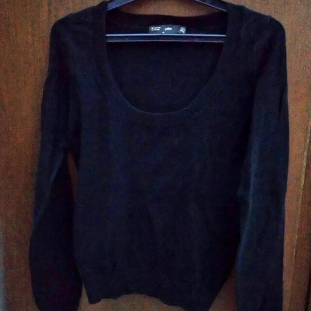 Zara Lowneck Sweater