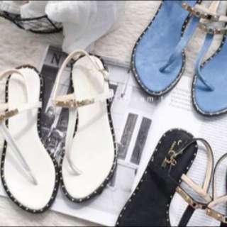 白色夾腳涼鞋⚪️
