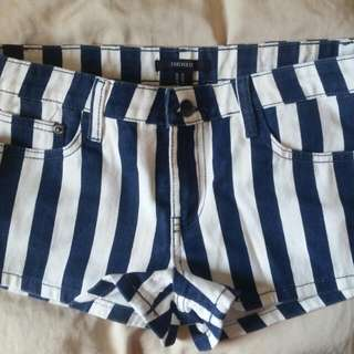 Forever 21 Size 27 Shorts - RESERVED
