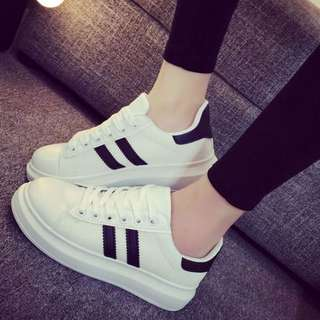 Sneaker READY STOCK Size 39 ONLY!