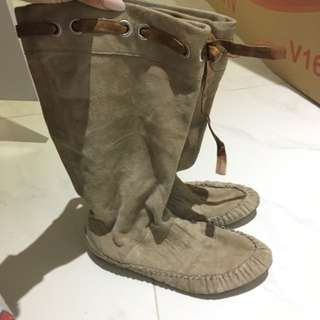 Cute Suede Boots 36