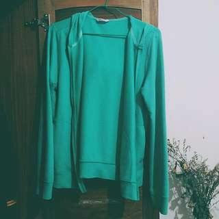 🚚 藍綠色防曬連帽外套