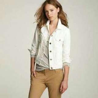 White Denim Jacket / Jaket Jeans Putih Nineteen Cotton On  Zara, Stradivarius, Color Box, Uniqlo, Bershka, Ck.