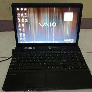 Sony VAIO E-Series VPC-EH11FX