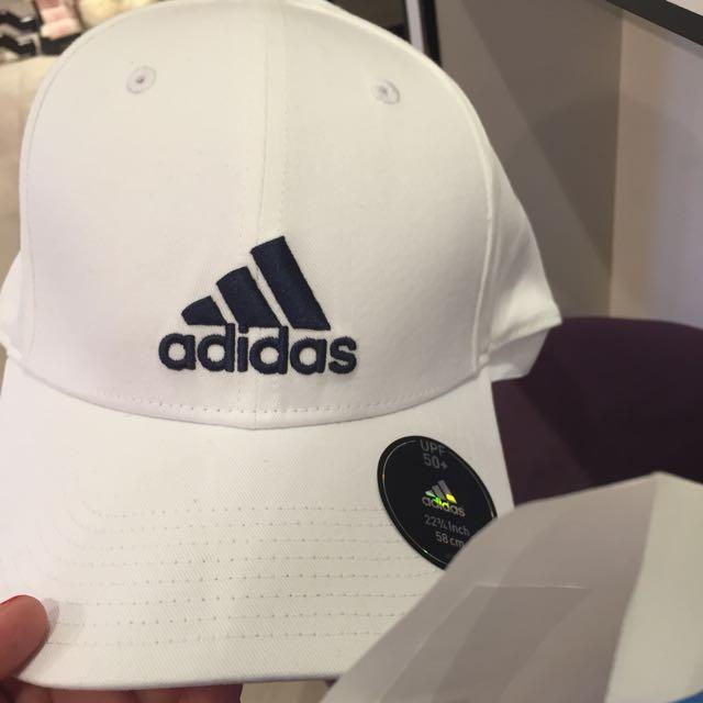 問爽的別來 Adidas 帽子 愛迪達 老帽 附購買證明