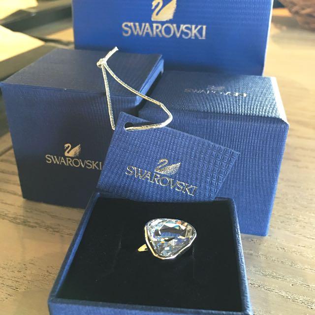 f56706016d196 Authentic Brand New Swarovski Diamond Cut Big Crystal Ring
