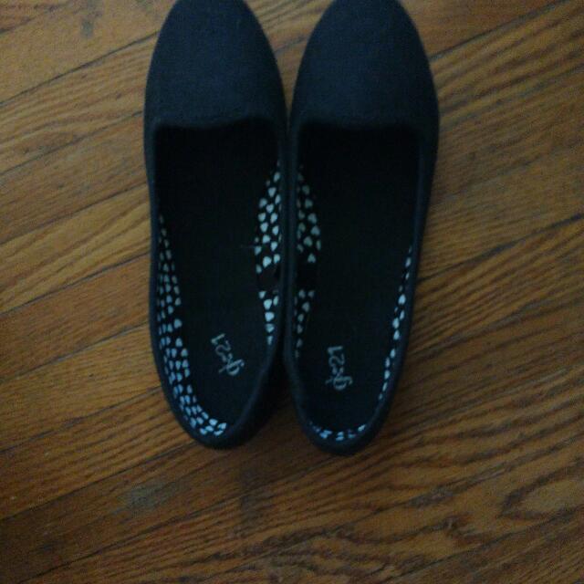 Black Flats Size 6