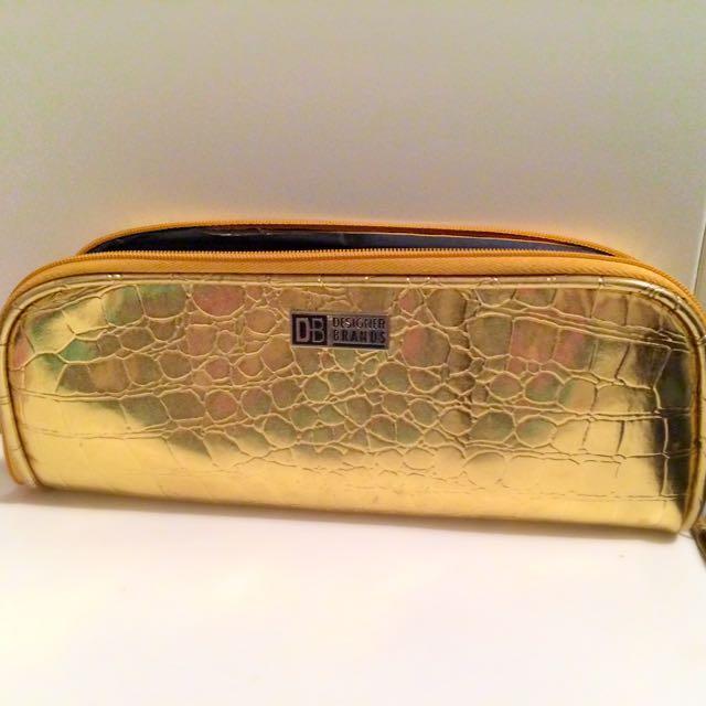 Designer Brands Brush Holder Bag