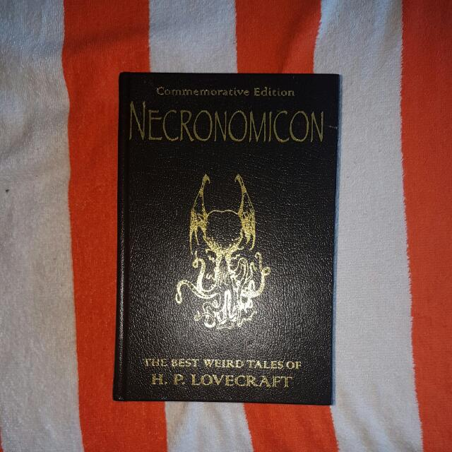 H.P. Lovecraft. Necronomicon. The Best Weird Tales.