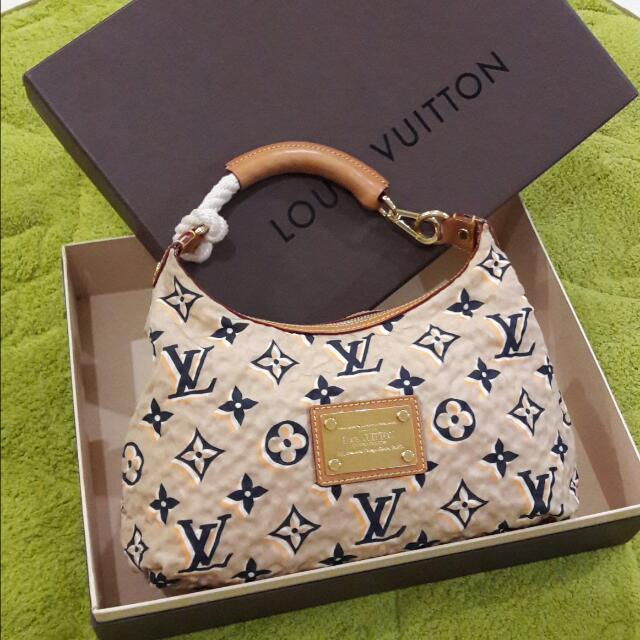 LV MULLES ( Limited )