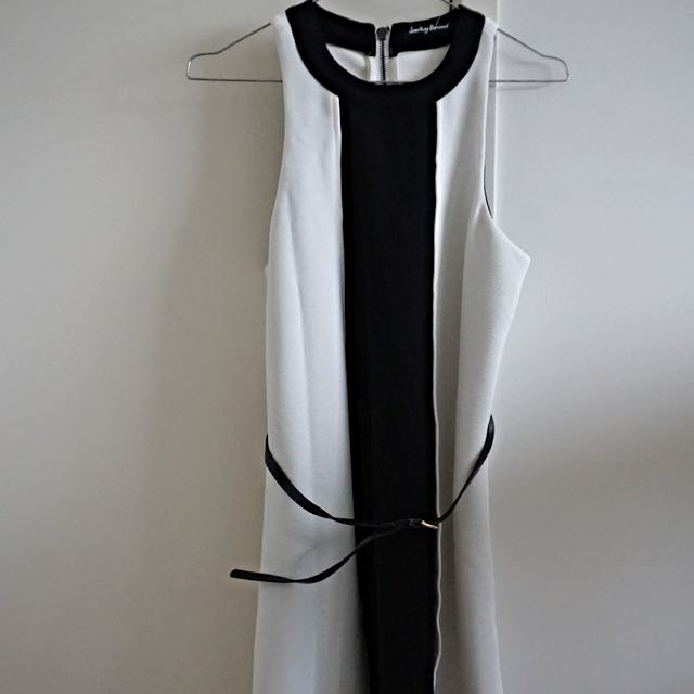 Off White Colour blocked Binded Dress