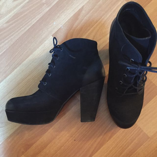 Steve Madden Black Platform Boots