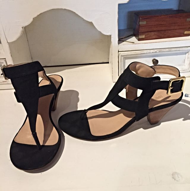 Suede Low Wedged Heels