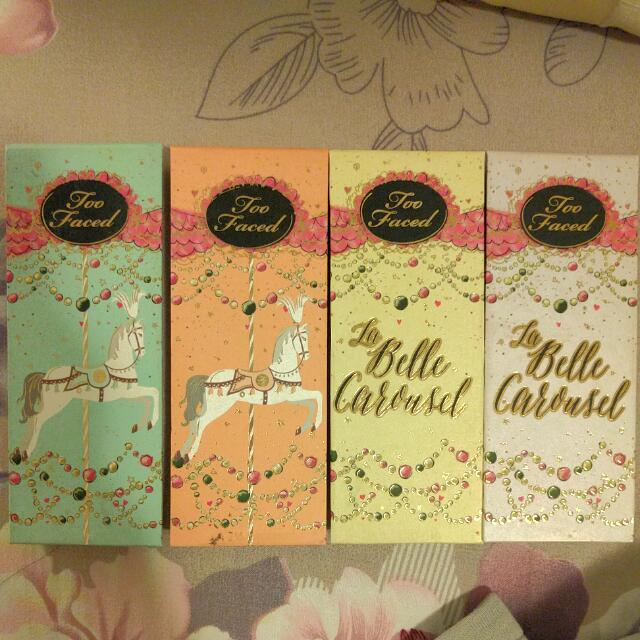 Too Faced The Belle Carousel