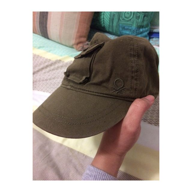 UNITED COLORS OF BENETTON Cap, Women s Fashion, Accessories on Carousell 2abc31cb95b