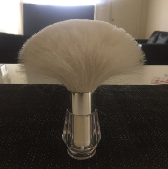 Victoria Secret Shimmer Body Brush