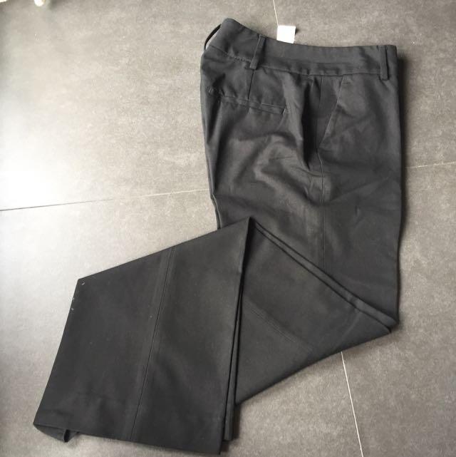 Zara Black Pant For Women Size 34