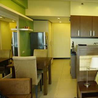 Studio Unit At Two Serendra Aston For Lease