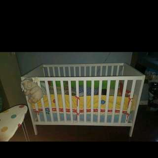Baby Crib With Bumper Pads and Crib Mobile