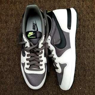 Nike Shoes US 10
