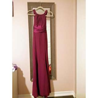 DAVIDS BRIDAL Long chiffon evening gown - plum red with satin sash