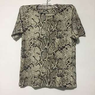 Snake Skin Patterned Straight Cut Round Neck Shirt