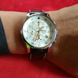 Seiko Quartz Chronograph