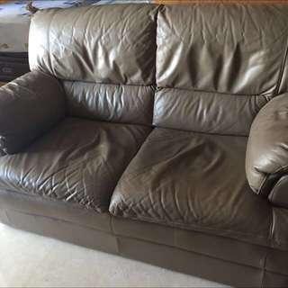 2-seater Sofa Set