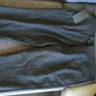 Cropped Pants Size 32